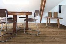 Saffier Serenade / De Saffier Serenade heeft decors met een prachtige houtstructuur die ook als echt hout aanvoelt. De planken rusten op HDF-dragermateriaal en hebben een V-groef aan de lange zijde. Doordat de Serenade voorzien is van het erkende Click Xpress kliksysteem is deze eenvoudig te installeren. De Serenade is geschikt voor intensief thuisgebruik. De rustieke decors in deze collectie geven uw interieur een stijlvolle uitstraling voor een aangename prijs. Tot 20 jaar garantie!