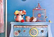 Bits & Pieces  / Mosaics, Tiles, Glass, & Broken Bits