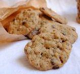 Galletas/Cookies / Galletas de todo tipo: rellenas recurbiertas, sin, con trozos, sin ellos...