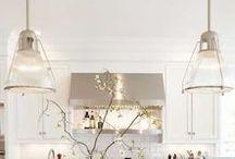 Iluminação - Candeeiros / Iluminação - Todo o tipo de candeeiros Veja mais: http://www.tralhaodesigncenter.com/index.php/pt/iluminacao