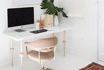 Escritório - Office / Ideias de decoração para Escritório - Office Veja mais: http://blog.tralhaodesigncenter.com/ideias-de-decoracao/escritorio/