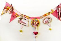 House Charming / Handmade/homespun charms, buntings, mobiles, garlands, chandeliers, and wreaths for decorating one's home.