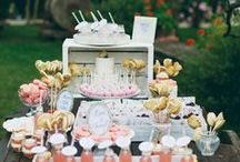 Wedding Cake & Dessert Tables / Cake cake cake. And the most glorious ways of showcasing those pretty treats. / by Whimsical Wonderland Weddings