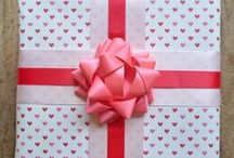 Valentine's Wrapping - The Dos & Don'ts / We've created some gorgeous looks to inspire you this Valentine's and a few that are a definite no-no. What do you think? Hot or not?