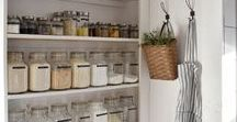 Organized Kitchen Pantry Ideas / small pantry, organized pantry, organized pantry closet, small organized pantry, healthy, shelves, jars, labels, containers, walk-in, kitchen, spices, baskets, food storage. pantry door, farmhouse pantry,