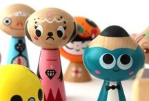 Art - Dolls & Designer Toys / by Jennifer Gibbs