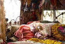 Boho, ethnic, ...Interior / Exterior / A little Indian, tribal, gipsy and hippie. Colourful and mystical details of Bohemian style.  / by Haifaa Tannous