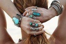 Accessories / by Nina Rojas