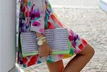 The Chic Bag Lady / Love handbags? So do we! Get inspired by these gorgeous outfits, complete with a beautiful bag! / by Shop Suey Boutique