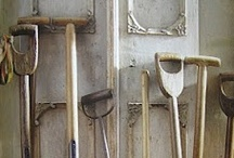 Rusty Tool Shed / Vintage garden implements both useful & beautiful!