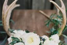 Woodland Wedding / Embrace and celebrate natural beauty down to every last detail with a romantic woodland wedding theme. Let Indeed Decor help you create a Rustic Woodland Wedding with ideas for tables decor, centerpieces, place cards and more!