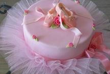 Cakes / by Linda Black-Warkentin