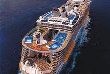 Cruising / Set sail on an incredible maritime adventure aboard a small ship