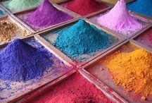 colour / None