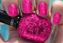 Pretty nails / by Tess C H.