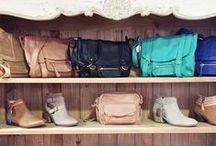 Vu en boutique ! / Venez découvrir la Collection anaik en boutique et toucher nos qualités de cuir ...