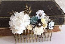 White Greenery Wedding Ideas / From bridal dresses to bridesmaid gift, wedding hair accessories to reception ideas, this romantic greenery theme board helps bride-to-be plan a beautiful wedding!