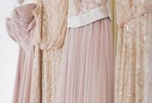 Rose Gold Blush Wedding Theme / Lovely and romantic, ideas for rose gold, blush and gold wedding themes here!