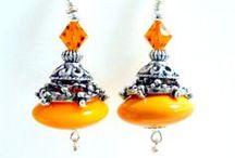 Jewelry - Earrings / by Think Orange