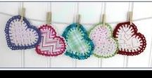 FREE Videos (Right Handed) - Crochet Patterns / A collection of FREE crochet how-to videos for the right handed.  Learn step by step how to make wonderful crochet projects like hats, flowers, dishcloths, scarves, potholders, coasters and more. Lessons are taught by crochet expert Maggie Weldon from Maggie's Crochet.  To view all the videos, please subscribe to https://www.youtube.com/user/MaggieWeldon