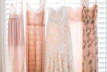 PASTELLTÖNE FÜR DIE HOCHZEIT / Eine Hochzeit ganz in zarten Pastelltönen liegt derzeit total im Trend. Hier gibt es die schönsten Kleider-, Haar- und Dekoideen in wunderschönen pastelligen Tönen.