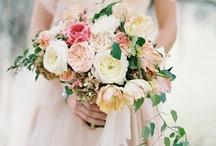 Pastel wedding dreams / fine art curation of wedding images