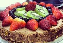 Healthy Desserts / Yummy and filling things for your sweet tooth!
