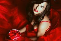 Rojo, Rouge, Kokino, Rosso, Red / Captivating crimson, sizzling scarlet, ravishing ruby, and every red you can imagine