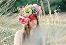 Tocado flores | Flowers Crown / Corona de flores | Flower crown | Tocado de flores / by Tendencias de Bodas