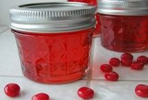 Canning Freezing Preserving / Freezer and Canning recipes, ideas and tips. / by Confection Queen