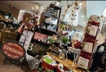 Homes for the Holidays / Homes in Markham & Unionville, decorated for  Christmas and the holidays by talented florists and designers. If you're looking for Christmas inspiration, you've found it!