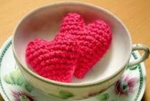 Manualidades en Crochet / Si lo que deseas es aprender a tejer en Crochet, no te puedes perder los tutoriales en este tablero. Te enseñamos paso a paso todos los detalles sobre este arte. / by Las Manualidades