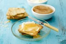 Itse tehdyt marmeladit, curdit ja hillot / Ihastuttavia reseptejä, joilla kruunaat viikonloppuaamiaisesi.