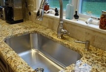Kitchen Sinks and Faucets / by Ana Cecilia Ingco