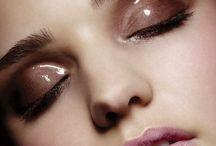 Makeup : Glossy