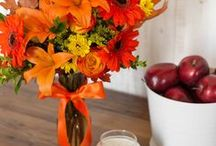 Fall Decor / Tips for decorating your home or office for Fall and Halloween using the most beautiful floral arrangements and simple DIY's!
