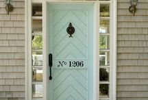 Greet Guests in Style / Creating a welcoming entry into a home