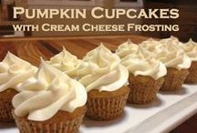Pumpkin Spice Cupcakes / These fall treats are sure to fill your home with the feeling of the holidays!
