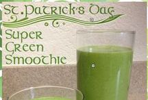 """Super Green Smoothie / Get your green on this St. Patrick's Day with this 'Super Seed' Green Smoothie. March is National Nutrition Month – plus it's the turn to spring which means we'll all be baring more skin in no-time – so I always like to use this time of year to """"spring clean"""" my eating.  This smoothie is easy, delicious and full of nutrition. It's the perfect breakfast on-the-go or a mid-morning or afternoon snack. Enjoy!"""