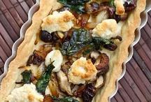 v e g e t a r I a n / Vegetarian Recipes / by Jonni Lewis
