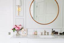 Bathroom / Clean and chic bathroom ideas, inspirations,