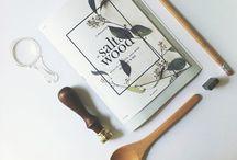 FOLDER // Brochure