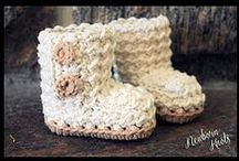 crochet - slippers & booties for babies/toddlers / Crochet patterns for baby slippers and booties for babies and toddlers