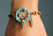 DIY: Jewelry and Clothing / by Samantha Metzinger