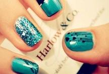nail polish :D / by Fatima El-Baf