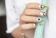 Nails / by Charlotte Liénard