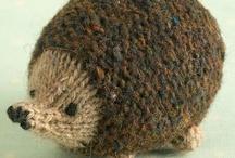 knitting animals-hugs-dolls