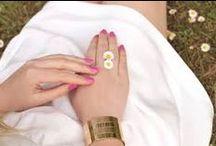 >> Les manchettes !! / De couleurs, argentées, dorées ou à perle , les manchettes sont insdispensables pour habiller nos tenues d'été !! Venez découvrir notre sélection sur #monshowroom.com / by MonShowroom.com ♥