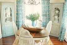 Dining Rooms / Dining room decor inspiration.