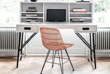 Workspace Makeunder / A makeover to simplify and streamline my workspace at home. Considerations must be multi-functionality, minimalist look with some warmth and texture thrown in. Target date of implementing: Sept 2015.